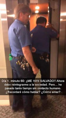 médico queda atrapado en el elevador del hospital - humor de whatsapp