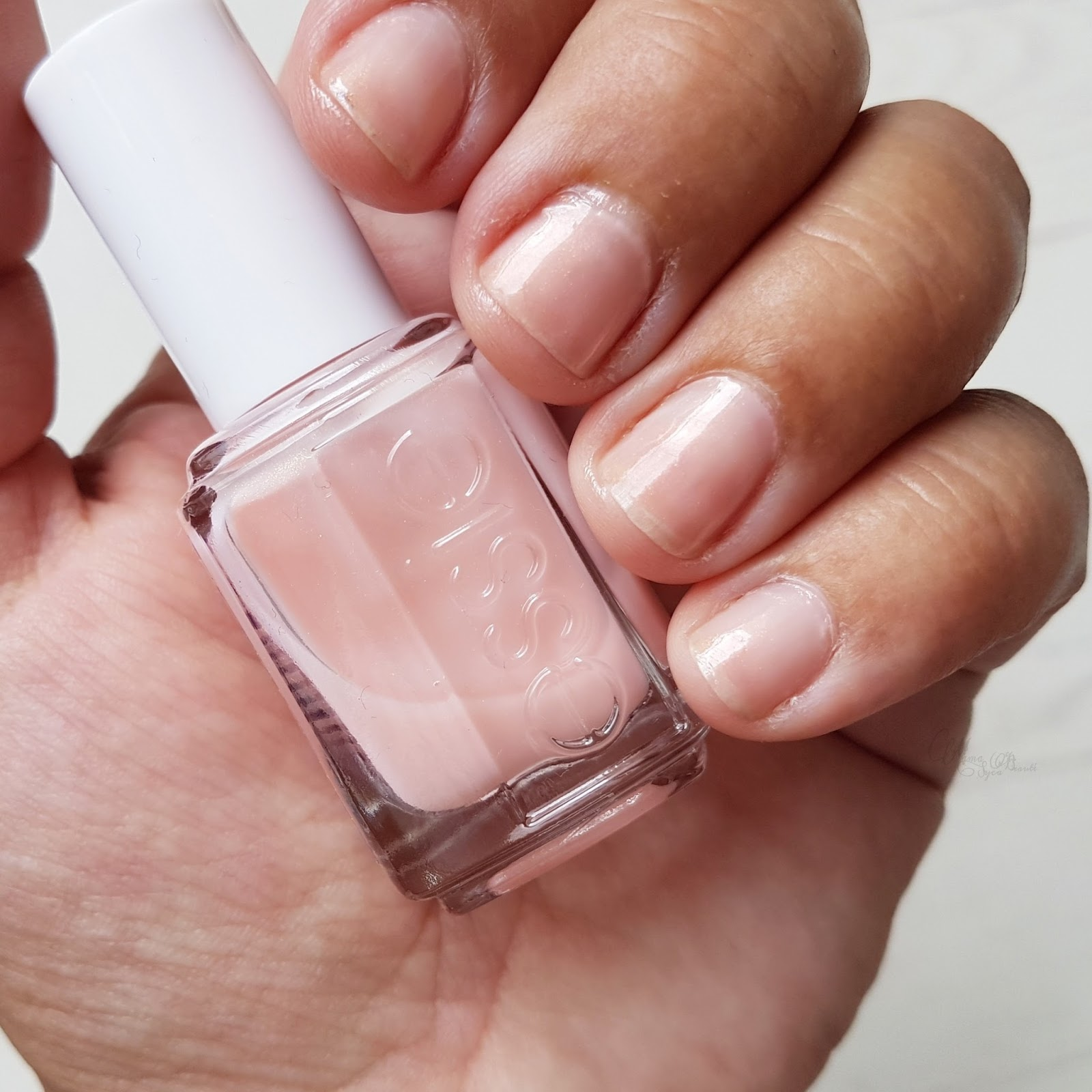 avis_essie_treat_love_color_vernis_soin_mama_syca_beaute
