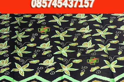 Seragam Batik Berlogo dan Modern Sebagai Batik Identitas
