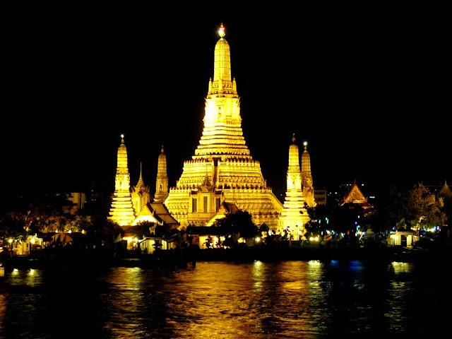 wat arun de noche - visita imprescindible en Bangkok