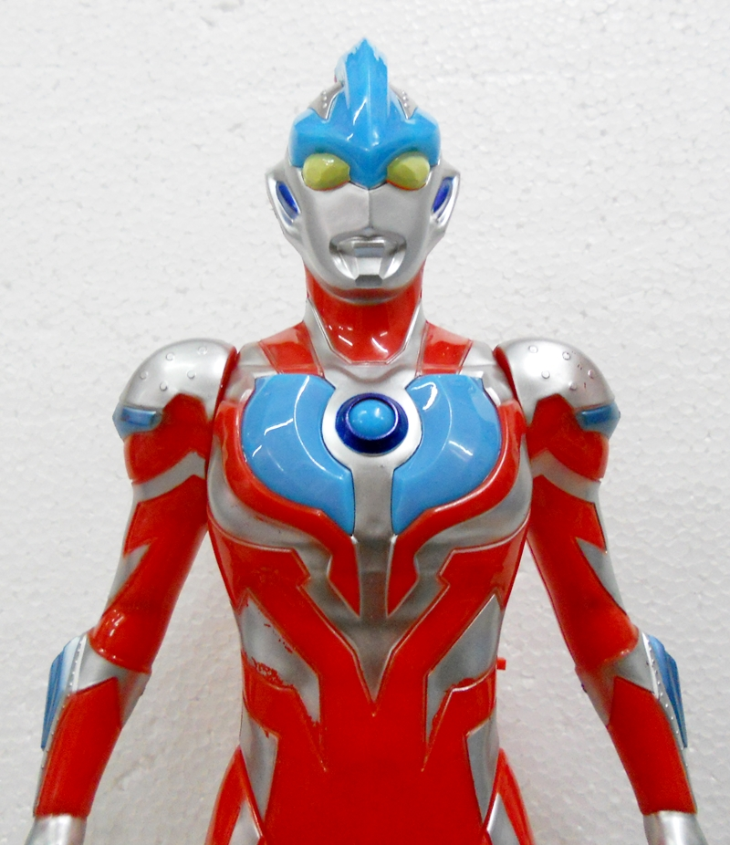 BongBongIdea: LARGE ULTRAMAN TOY FIGURE WITH SOUND AND ...