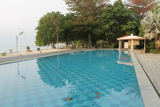 Ciputih Beach Resort