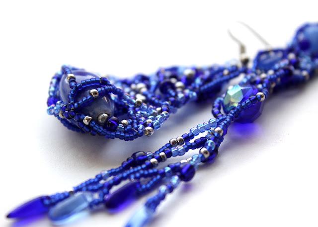 Mismatched серьги купить серьги из бисера синего цвета