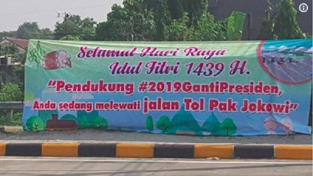 Ramai Spanduk 'Jalan Tol Pak Jokowi', Gerindra: Menyesatkan!