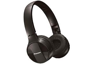 Słuchawki bezprzewodowe Pioneer SE-MJ553 BT z Lidla