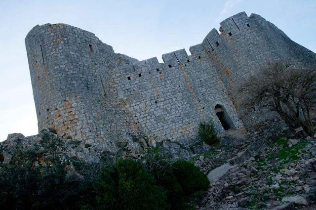 Torres del castillo de Peyrepertuse