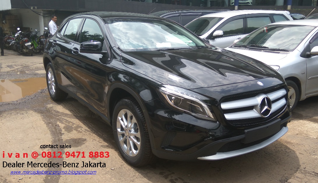 New mercedes benz gla 200 gla 45 amg 2017 indonesia for Mercedes benz service b coupons 2017