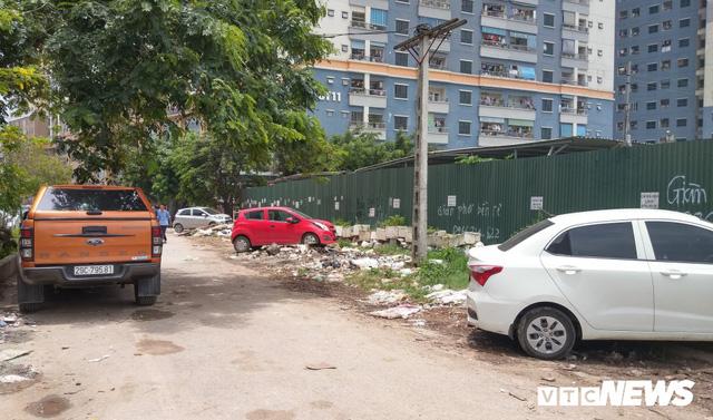 Giải tỏa bãi đỗ xe ở Linh Đàm và Kim Văn Kim Lũ - Ảnh 3