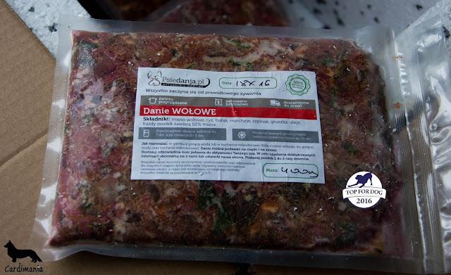 jedzenie dla psów, psie dania, gotowane jedzenie dla psów, karma dla psów, co dawa psu do jedzenia, psi catering, catering, mięso dla psów, gotowane mięso dla psów, gotowanie dla psów, gotowe posiłki dla psa