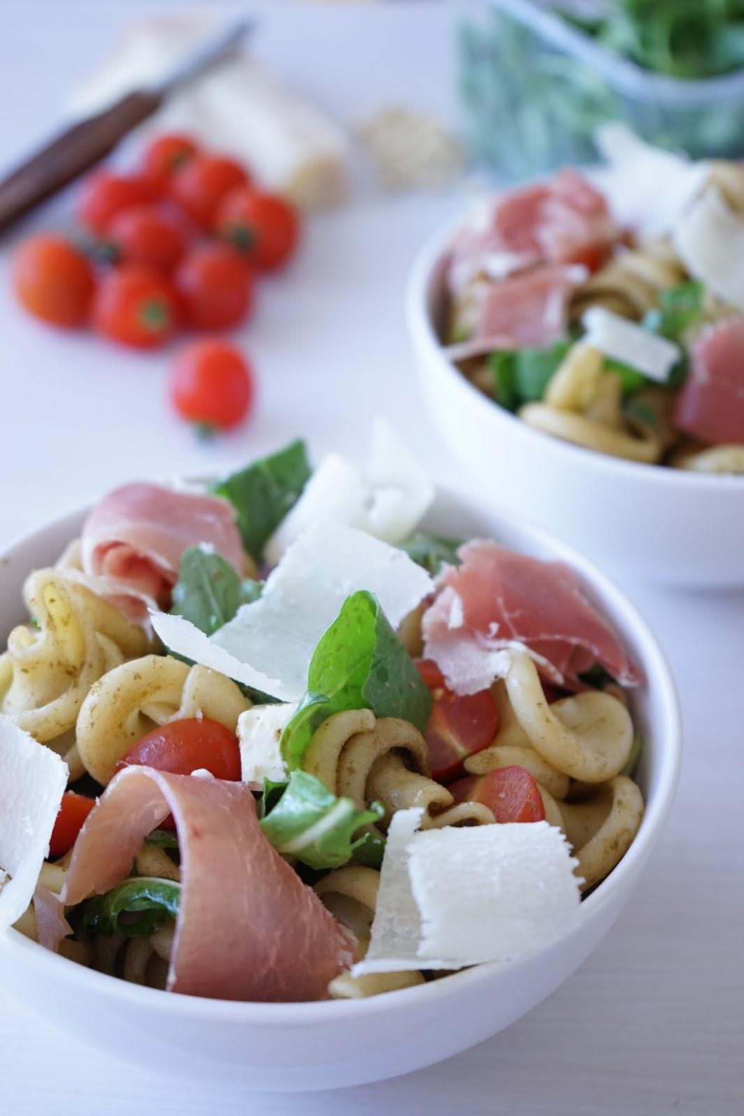 The cook time salade de p tes jambon sec tomates - Salade de pates jambon ...