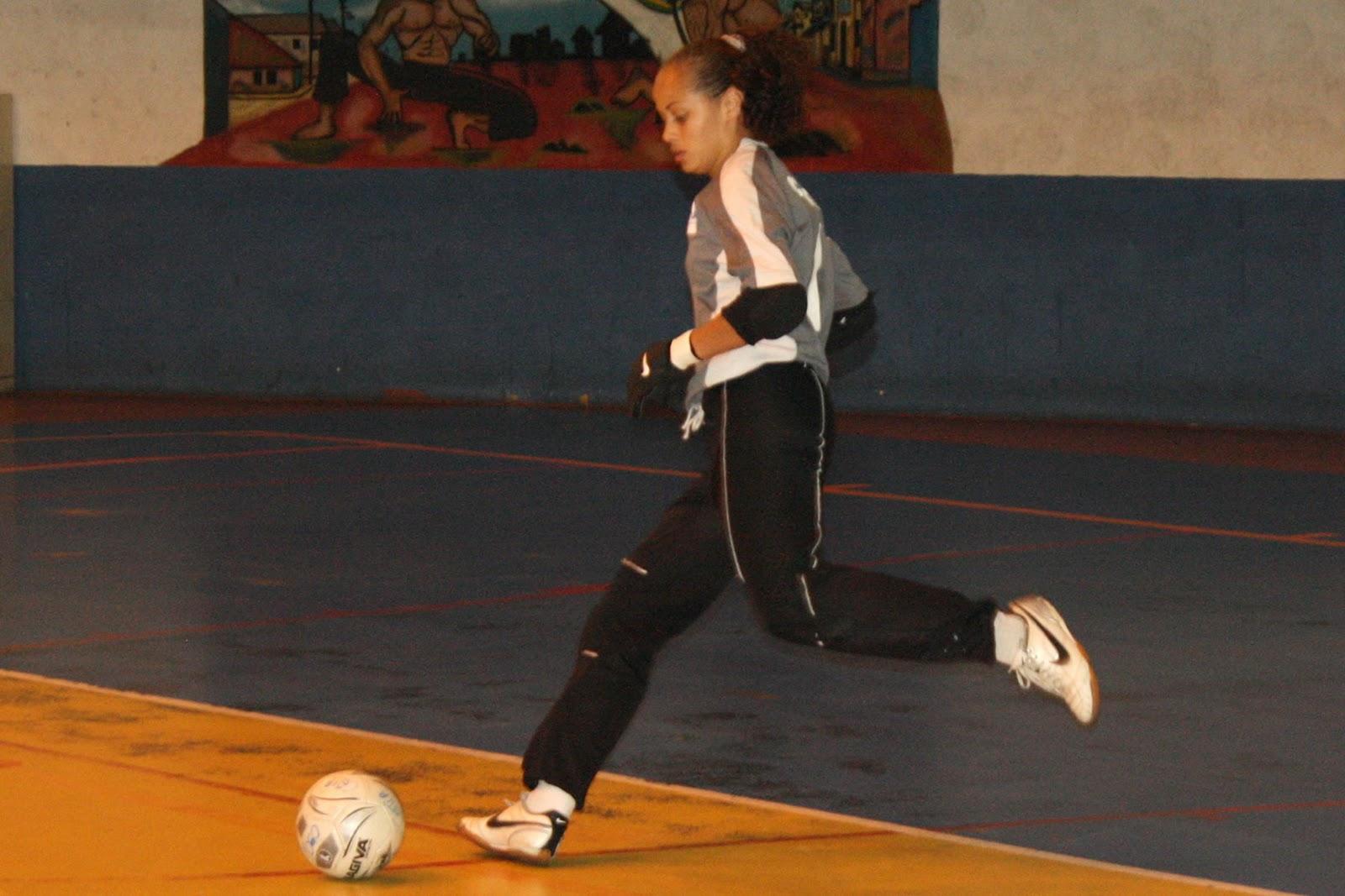 Associação Cultural Esportiva Kurdana - Cotia (SP)  CBFS confirma mudanças  nas regras do futsal 06f6f521e0182