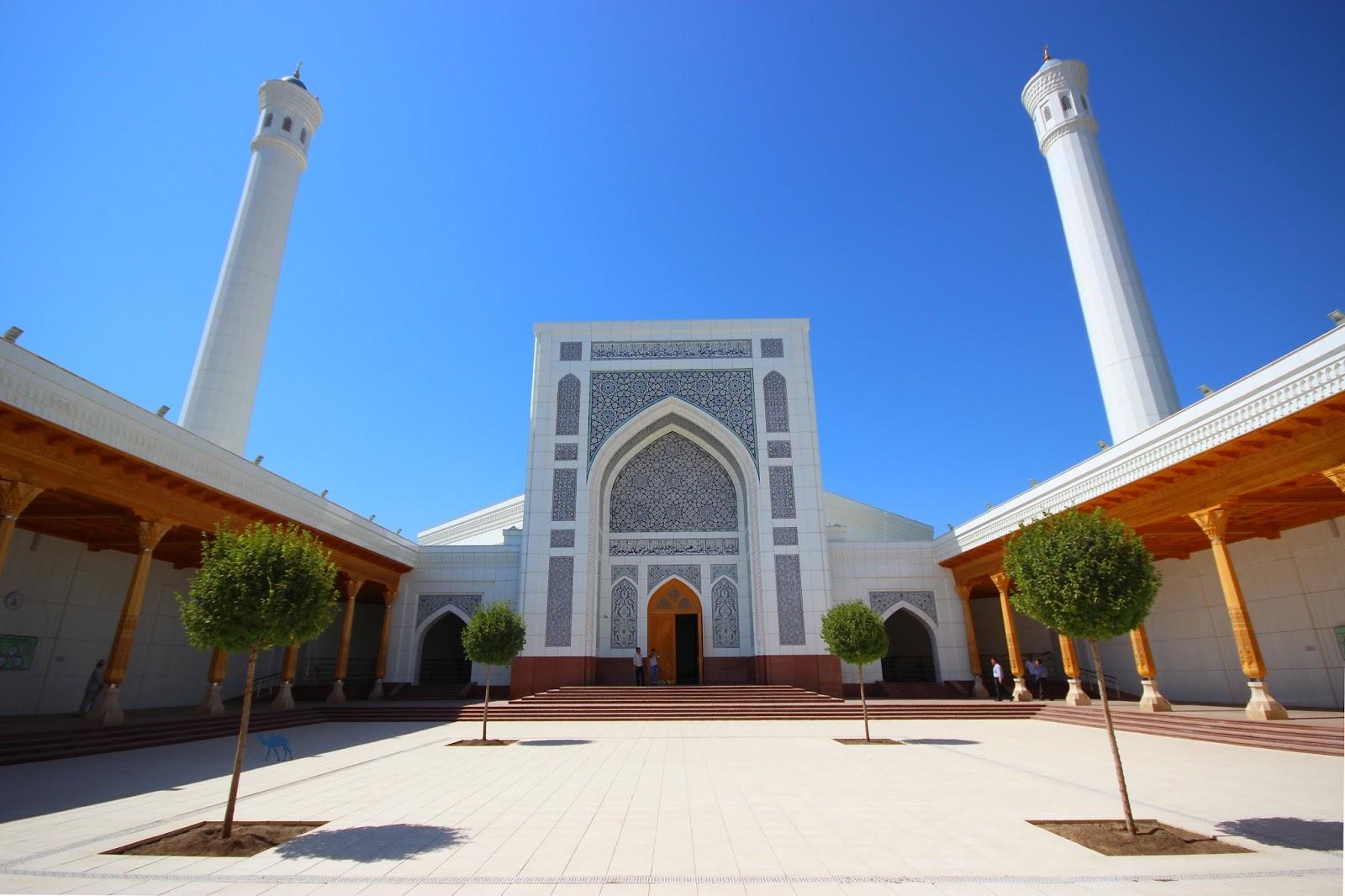 Le Chameau Bleu - Blog Voyage Ouzbékistan - Mosquée Blanche Minor - Tashkent Ouzbékistan