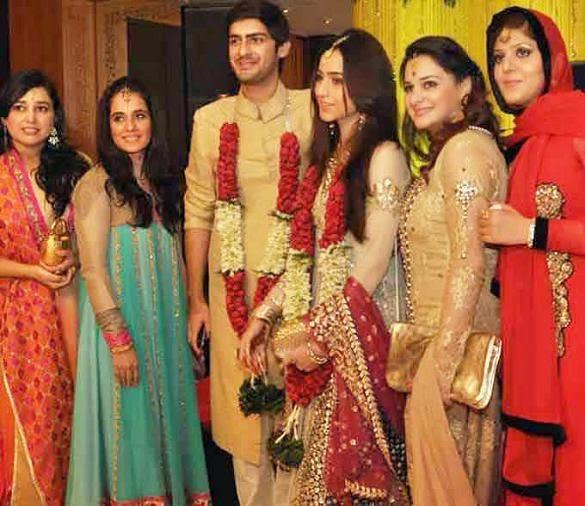 Nawaz Sharif Daughter Marriage With Saudi Prince - Unseen