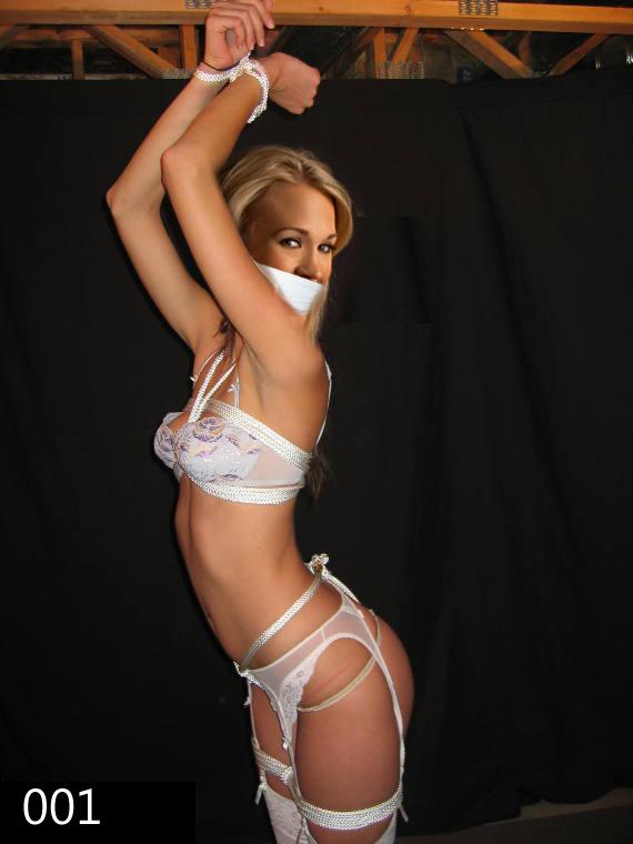 Carrie underwood upskirt 2011