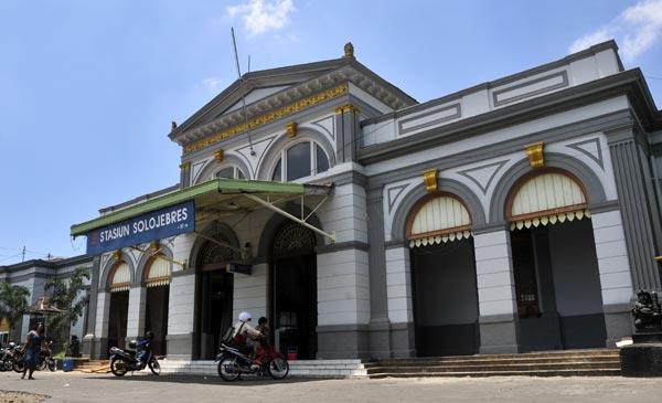Perkembangan Arsitektur Art Deco di Indonesia dan Contohnya