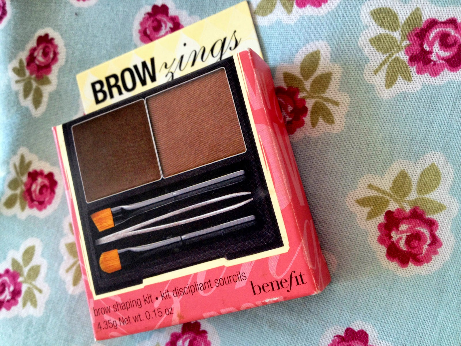 A close up of the brow kit