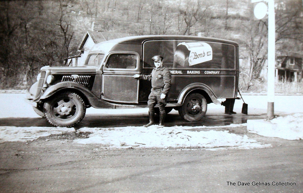 Bond Bread Truck Ca 1940s