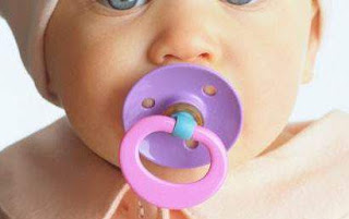 Bahaya Dot Bayi Bagi Bagi Buah Hati Anda