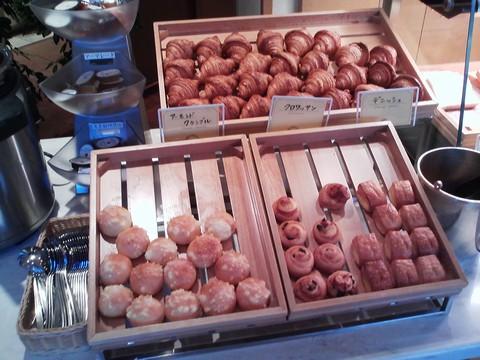 ビュッフェコーナー:パン2 オーセントホテル小樽カサブランカ
