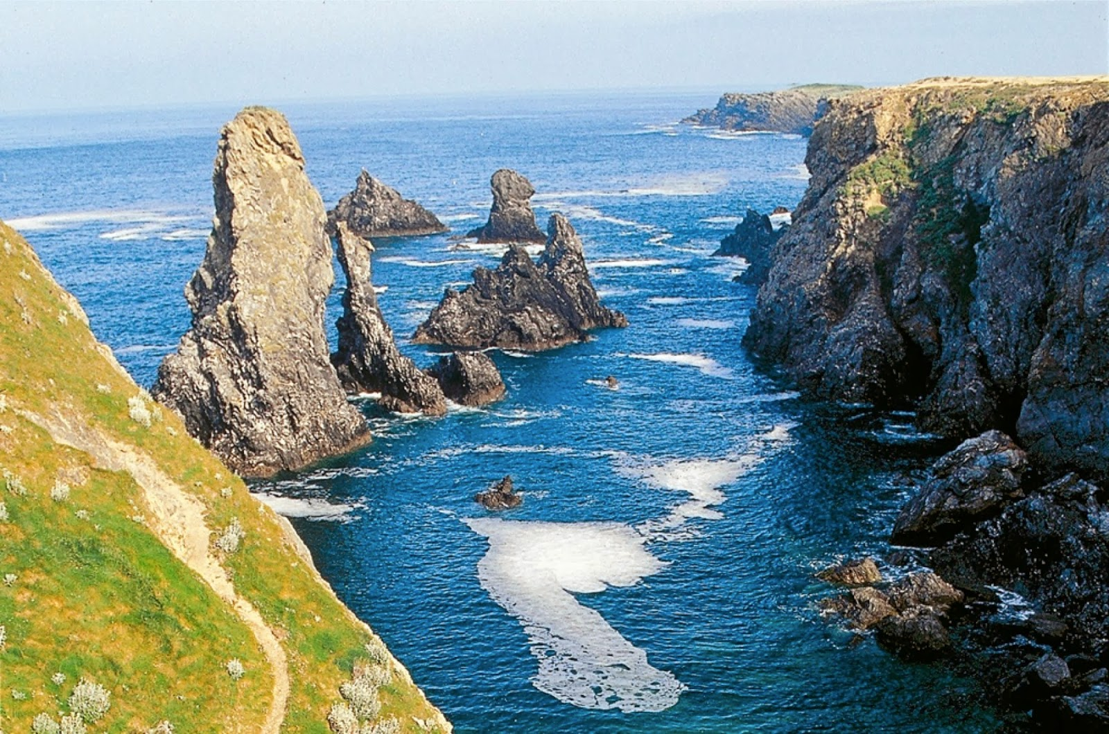 Belle Ile En Mer : a pagan place the pagan sites of europe remembered 24 belle le france ~ Maxctalentgroup.com Avis de Voitures