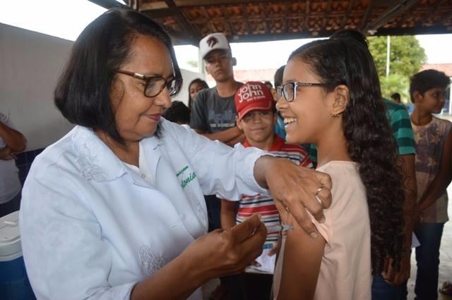 Secretaria de Saúde realiza Imunização de estudantes das Escolas Públicas e Privadas em Piranhas