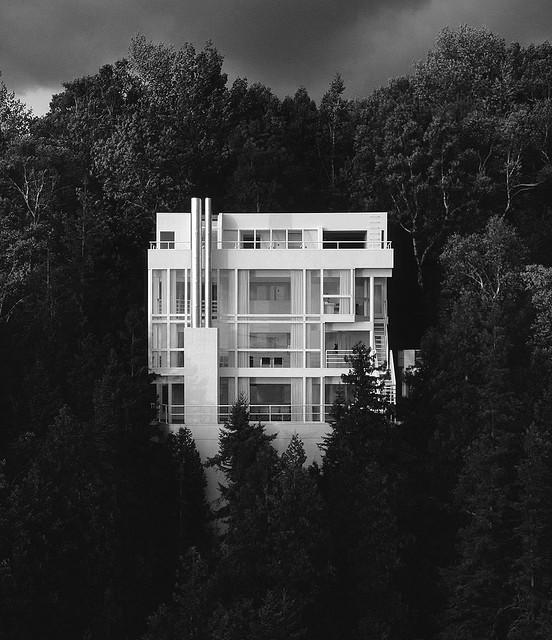 Cl sicos de la arquitectura casa douglas de richard meier for Arquitectura y diseno de casas