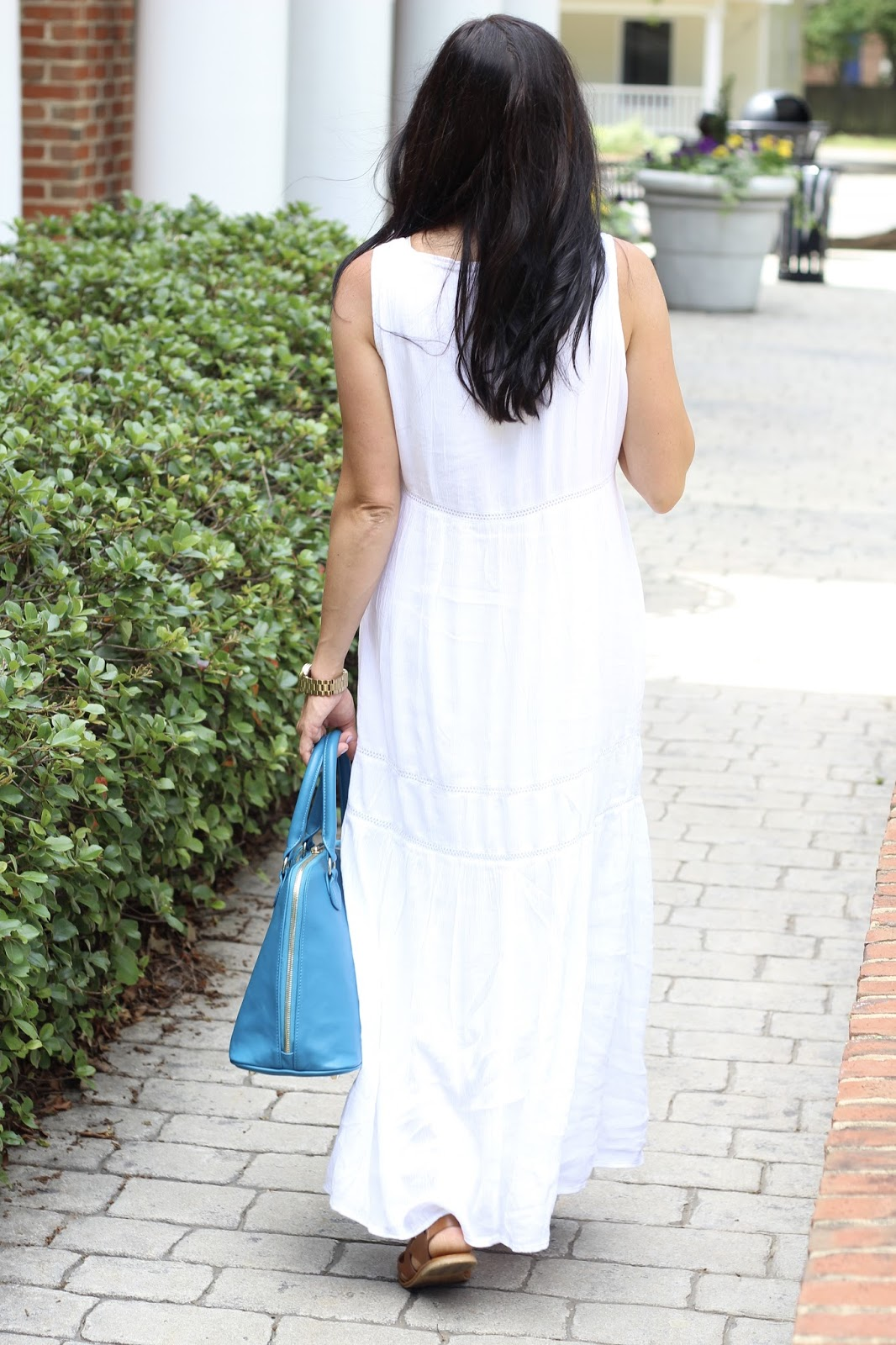 Spring Style, White embroidered maxi dress, turquoise bag,