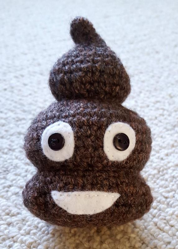 crochet poo emoji