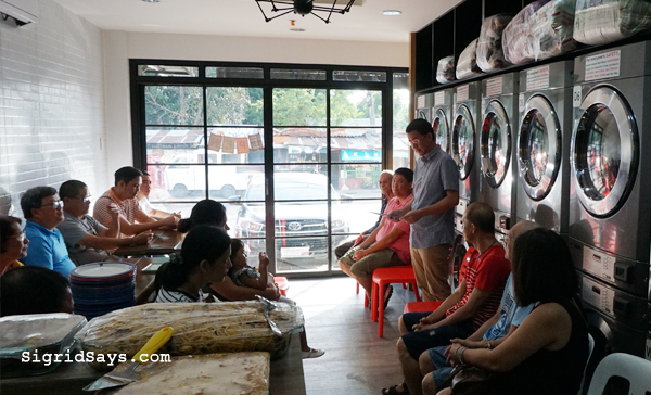 Bacolod Laundry Shop - Moe's Laundry Lounge