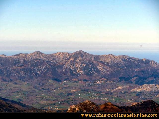 Ruta al Pico Pierzu: Vista del Sueve