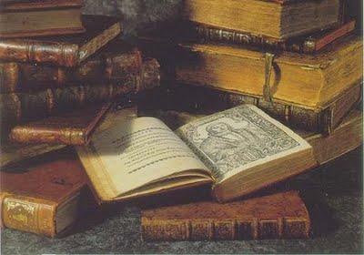 Resultado de imagem para imagem livros velhos