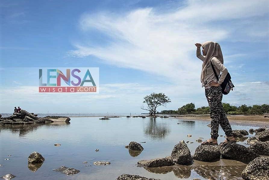 Pantai Sepahat Wisata Bengkalis Riaumagz