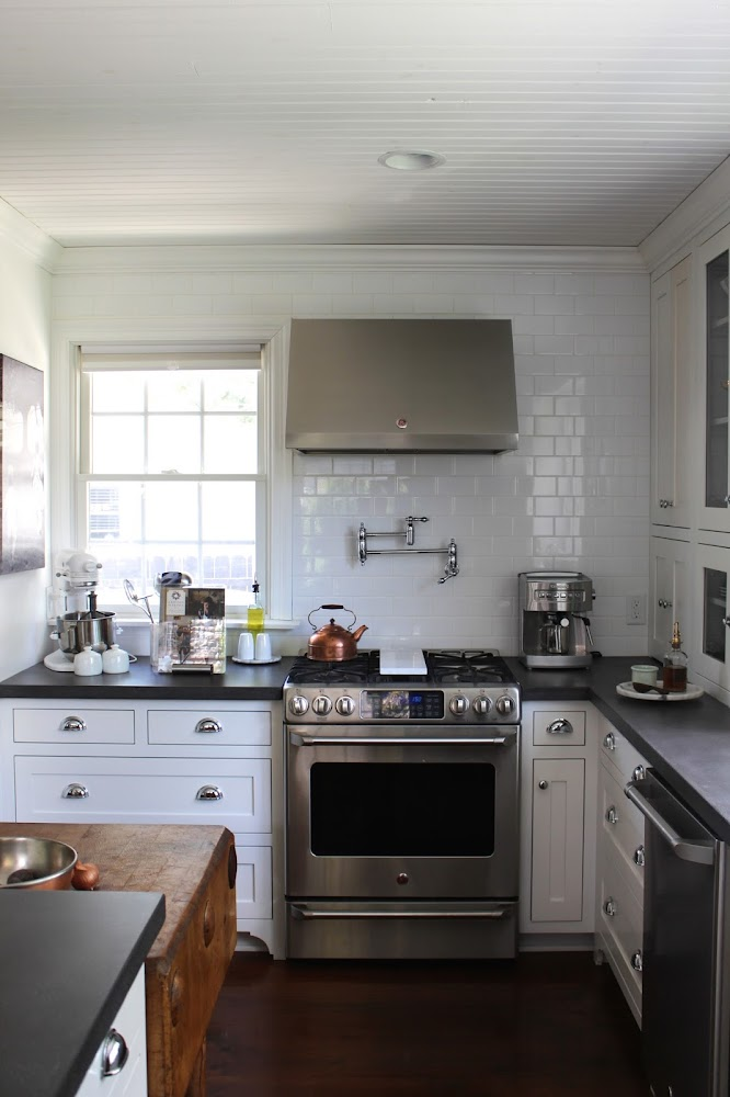 classic white kitchen subway tile