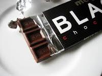 μπάρα μαύρης σοκολάτας