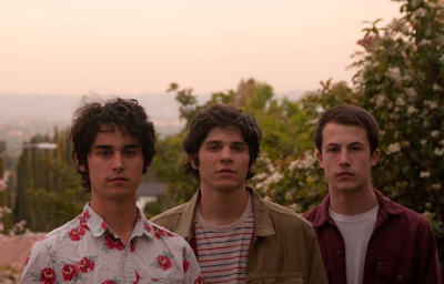 """Wallows - Pleaser"""