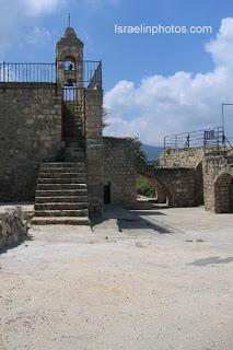 Bar'am, Maronite church