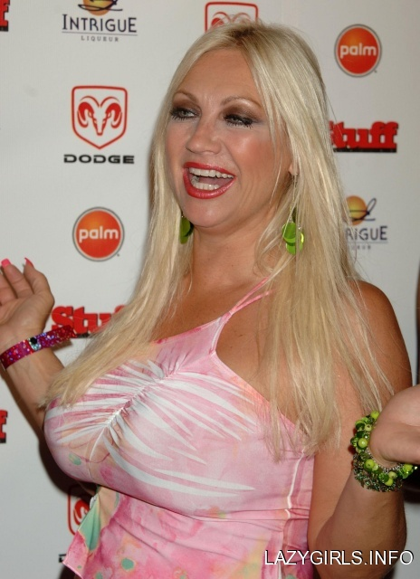 Linda Bollea Hogan Nude 7