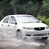 Rawat Mobil saat Musim Hujan dengan 5 Langkah Simple ini