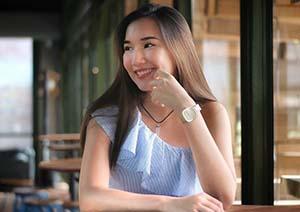 Jesslyn Elvaretta Senyum