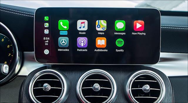 Màn hình trung tâm Mercedes C200 Exclusive 2019