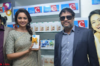 Rakul Preet Singh in a Designer saree at Launch of BIG C Show room at  Kurnool ~ Celebrities Galleries 028.jpg