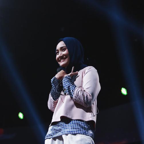 Fakta Fatin Shidqia Harus Anda Ketahui [Artis Indonesia Hot]