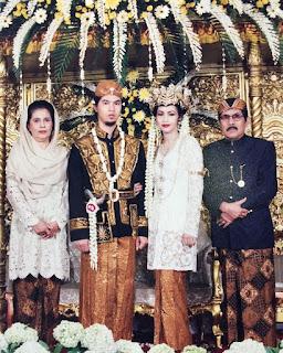gambar Foto Pernikahan Ahmad Dhani dengan Maia Estianty 1999