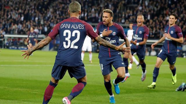 'Neymar dan Mbappe Bintang PSG, tapi Dani Alves Juga Penting'