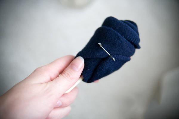 el yapımı hediye çoraplardan gül demeti