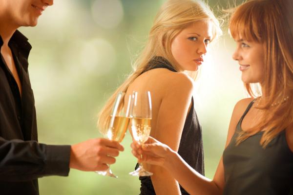 Cara Elegran Saat Bertemu Dengan Mantan Kekasih
