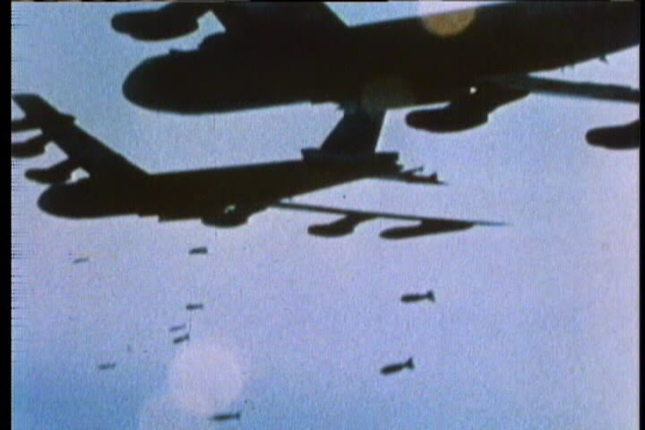 B 52 Carpet Bombing Linux Beach: #Russia n...