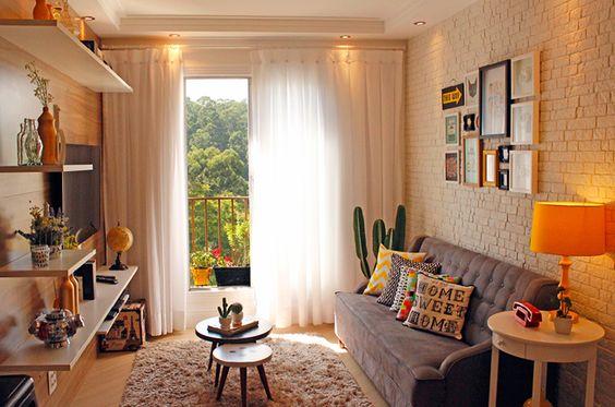 Decoração de sala de estar parede tijolinho branca