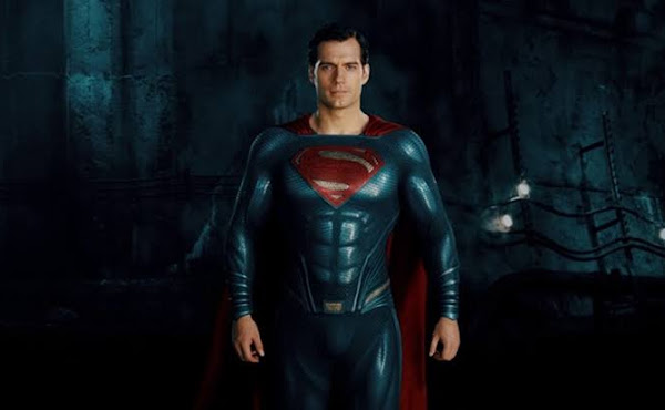 Henry Cavill negocia com a Warner para retornar ao papel do !!Superman!!