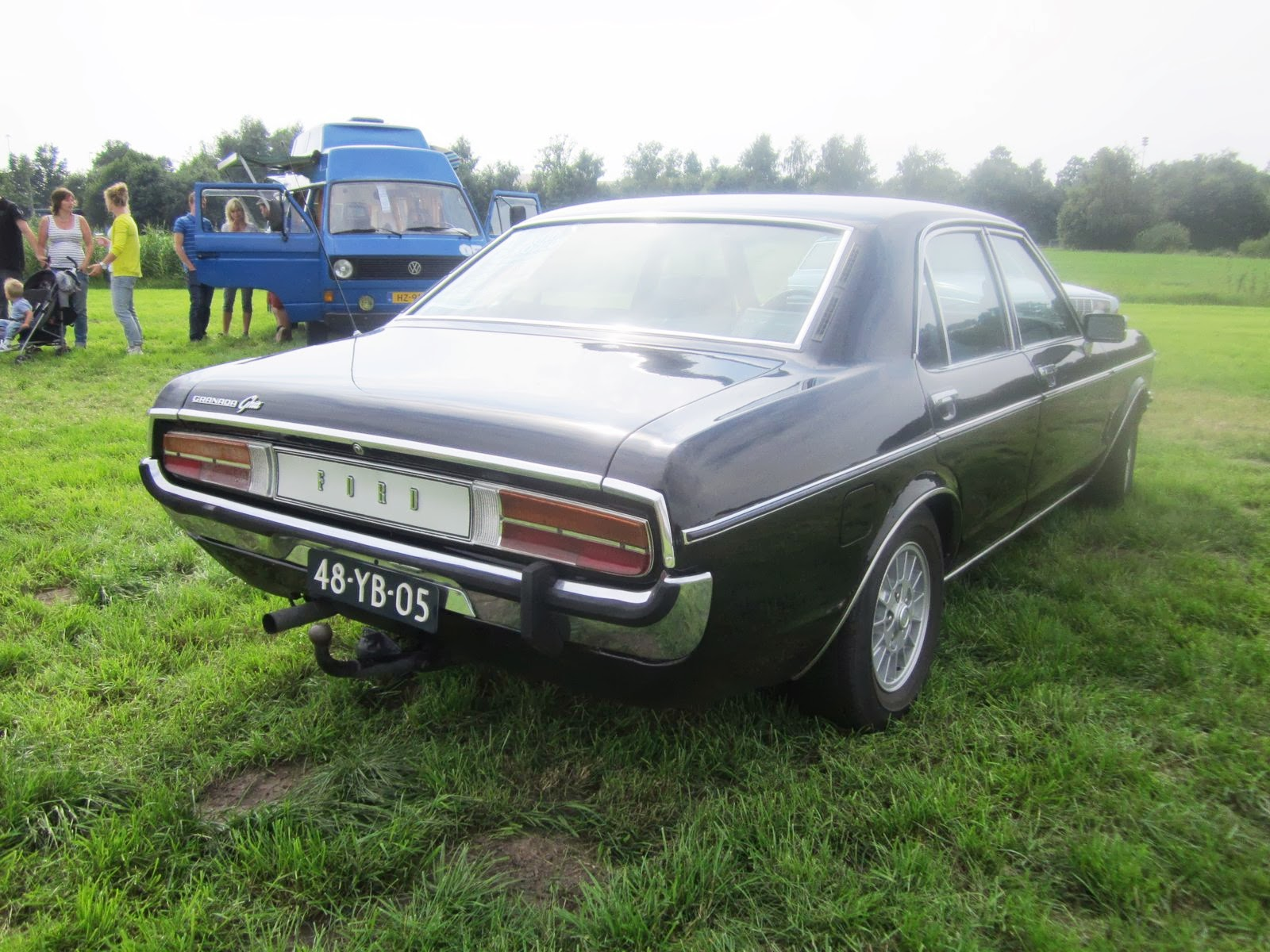 ford granada 3000 ghia automatic 1976 pictures of. Black Bedroom Furniture Sets. Home Design Ideas